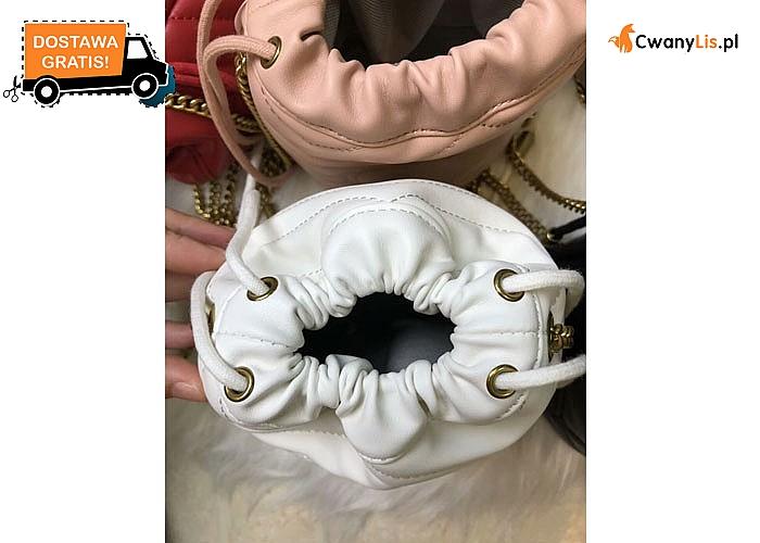 Idealna torebka dla Pań kochających niezależność i wygodę, a jednocześnie pragnących wyglądać modnie i elegancko
